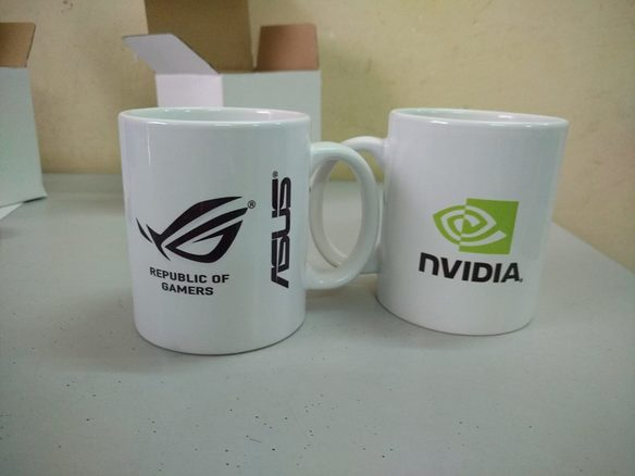 In và thiết kế trên cốc, gốm sứ, đĩa