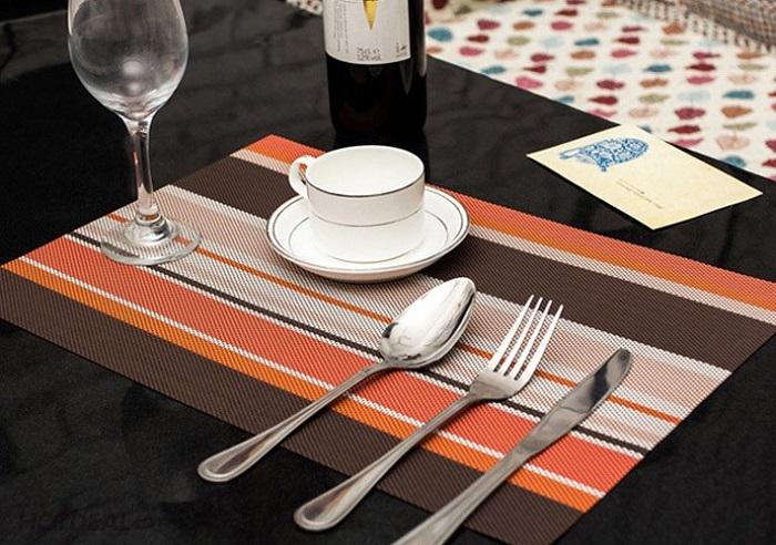 In giấy lót bàn ăn theo yêu cầu giá rẻ