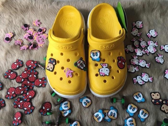 Mẫu sticker cho giày, dép
